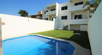 NEX-28157 - Casa en Venta en Burgos, CP 62584, Morelos, con 3 recamaras, con 2 baños, con 1 medio baño, con 200 m2 de construcción.