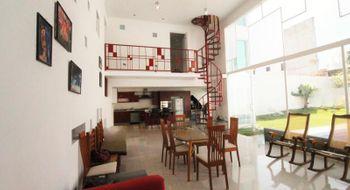 NEX-28169 - Casa en Venta en Burgos Bugambilias, CP 62584, Morelos, con 4 recamaras, con 3 baños, con 1 medio baño, con 371 m2 de construcción.