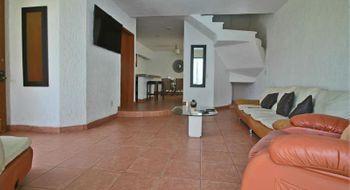 NEX-28176 - Casa en Venta en Residencial La Palma, CP 62553, Morelos, con 4 recamaras, con 5 baños, con 270 m2 de construcción.