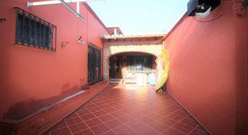 NEX-28330 - Oficina en Venta en Chapultepec, CP 62450, Morelos, con 3 recamaras, con 3 baños, con 1 medio baño, con 218 m2 de construcción.