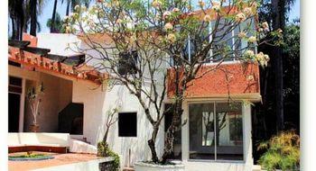 NEX-28342 - Casa en Venta en Delicias, CP 62330, Morelos, con 7 recamaras, con 5 baños, con 1 medio baño, con 750 m2 de construcción.