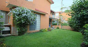 NEX-28345 - Casa en Venta en Tlaltenango, CP 62170, Morelos, con 3 recamaras, con 2 baños, con 1 medio baño, con 250 m2 de construcción.