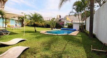 NEX-28353 - Casa en Venta en Vista Hermosa, CP 62290, Morelos, con 4 recamaras, con 3 baños, con 250 m2 de construcción.