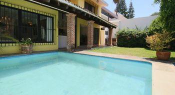 NEX-28367 - Casa en Venta en Palmira Tinguindin, CP 62490, Morelos, con 5 recamaras, con 6 baños, con 425 m2 de construcción.