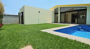NEX-30496 - Casa en Venta en Lomas de Tetela, CP 62156, Morelos, con 3 recamaras, con 2 baños, con 170 m2 de construcción.