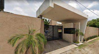 NEX-30498 - Casa en Venta en Centro Jiutepec, CP 62550, Morelos, con 4 recamaras, con 2 baños, con 1 medio baño, con 190 m2 de construcción.