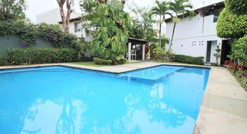 NEX-31784 - Casa en Renta en Vista Hermosa, CP 62290, Morelos, con 3 recamaras, con 3 baños, con 1 medio baño, con 217 m2 de construcción.