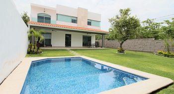 NEX-32493 - Edificio en Venta en Centro Jiutepec, CP 62550, Morelos, con 4 recamaras, con 5 baños, con 1 medio baño, con 280 m2 de construcción.