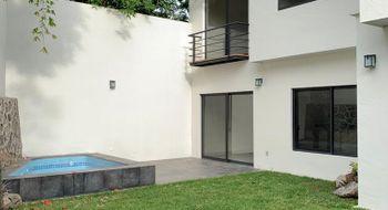 NEX-34735 - Casa en Venta en Tlaltenango, CP 62170, Morelos, con 4 recamaras, con 4 baños, con 230 m2 de construcción.