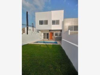 NEX-36314 - Casa en Venta en Burgos, CP 62584, Morelos, con 3 recamaras, con 2 baños, con 1 medio baño, con 170 m2 de construcción.