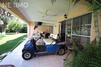 NEX-41636 - Casa en Venta, con 4 recamaras, con 3 baños, con 1 medio baño, con 222 m2 de construcción en Club de Golf Santa Fe, CP 62790, Morelos.