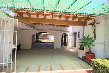 NEX-47194 - Casa en Venta, con 3 recamaras, con 2 baños, con 209 m2 de construcción en Insurgentes, CP 62200, Morelos.