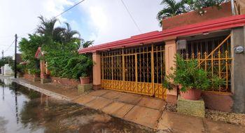 NEX-32093 - Casa en Venta en San Miguel, CP 97140, Yucatán, con 5 recamaras, con 4 baños, con 387 m2 de construcción.