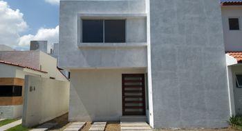 NEX-29168 - Casa en Venta en Real del Bosque, CP 76922, Querétaro, con 3 recamaras, con 3 baños, con 1 medio baño, con 177 m2 de construcción.