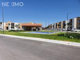 NEX-29427 - Departamento en Renta, con 3 recamaras, con 2 baños, con 1 medio baño, con 133 m2 de construcción en Puerta Real, CP 76910, Querétaro.