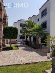 NEX-28576 - Departamento en Renta, con 3 recamaras, con 2 baños, con 1 medio baño, con 170 m2 de construcción en Centro, CP 76000, Querétaro.