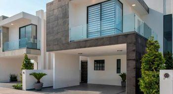 NEX-33272 - Casa en Venta en San Pedro Cholula, CP 52757, México, con 3 recamaras, con 2 baños, con 1 medio baño, con 183 m2 de construcción.
