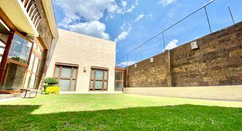NEX-31338 - Casa en Venta en Bosques de Angelopolis, CP 72453, Puebla, con 4 recamaras, con 6 baños, con 1 medio baño, con 884 m2 de construcción.