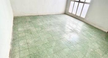 NEX-31400 - Casa en Venta en La Paz, CP 72160, Puebla, con 15 recamaras, con 15 baños, con 3 medio baños, con 200 m2 de construcción.