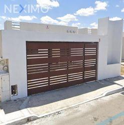 NEX-35017 - Casa en Venta, con 2 recamaras, con 1 baño, con 94 m2 de construcción en Las Américas, CP 97302, Yucatán.