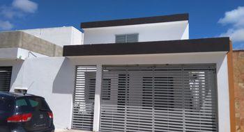 NEX-35043 - Casa en Renta en Las Américas, CP 97302, Yucatán, con 3 recamaras, con 2 baños, con 130 m2 de construcción.
