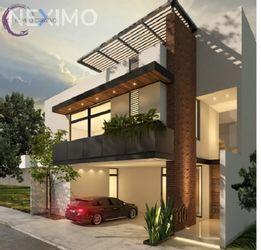 NEX-29577 - Casa en Venta, con 3 recamaras, con 4 baños, con 1 medio baño, con 305 m2 de construcción en Horizontes Residencial, CP 78216, San Luis Potosí.