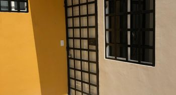 NEX-30470 - Casa en Venta en Paseo Kusamil, CP 77539, Quintana Roo, con 2 recamaras, con 1 baño, con 46 m2 de construcción.