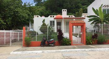NEX-30635 - Casa en Venta en Sector O, CP 70988, Oaxaca, con 3 recamaras, con 2 baños, con 131 m2 de construcción.