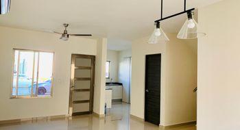 NEX-32090 - Casa en Renta en Villas del Arte, CP 77535, Quintana Roo, con 3 recamaras, con 2 baños, con 131 m2 de construcción.