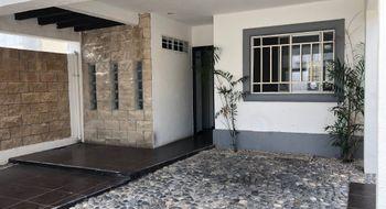 NEX-33037 - Casa en Venta en Jardines de Banampak, CP 77528, Quintana Roo, con 3 recamaras, con 2 baños, con 1 medio baño, con 114 m2 de construcción.