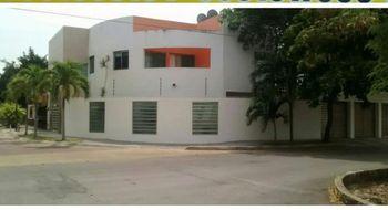 NEX-30617 - Casa en Venta en Supermanzana 11, CP 77504, Quintana Roo, con 4 recamaras, con 6 baños, con 270 m2 de construcción.