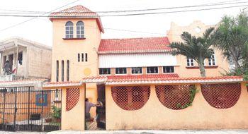 NEX-32121 - Casa en Venta en Supermanzana 20 Centro, CP 77500, Quintana Roo, con 4 recamaras, con 3 baños, con 280 m2 de construcción.