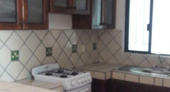 NEX-32338 - Casa en Renta en Supermanzana 522, CP 77536, Quintana Roo, con 4 recamaras, con 3 baños, con 1 medio baño, con 300 m2 de construcción.