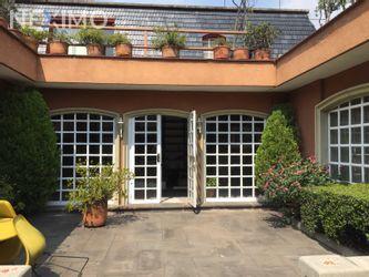 NEX-37360 - Casa en Venta, con 3 recamaras, con 3 baños, con 335 m2 de construcción en Lomas Hipódromo, CP 53900, México.