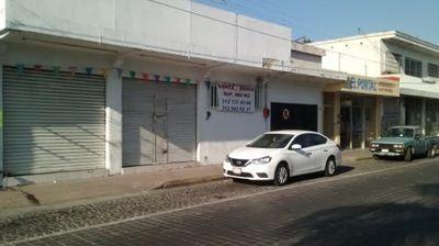 EN VENTA CASA CON LOCAL COMERCIAL CERCA DEL JARDIN PRINCIPAL DE VILLA DE ALVAREZ, COLIMA | Foto 2 de 5