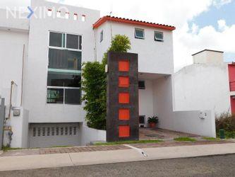 NEX-31312 - Casa en Venta, con 3 recamaras, con 3 baños, con 1 medio baño, con 300 m2 de construcción en El Mirador, CP 76246, Querétaro.