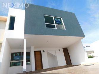 NEX-31441 - Casa en Venta, con 3 recamaras, con 2 baños, con 1 medio baño, con 176 m2 de construcción en El Mirador, CP 76246, Querétaro.