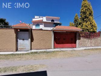 NEX-30508 - Casa en Venta, con 5 recamaras, con 3 baños, con 1 medio baño, con 425 m2 de construcción en Santa Anita Huiloac, CP 90407, Tlaxcala.
