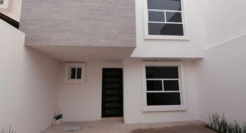 NEX-35105 - Casa en Renta en Miraflores, CP 90114, Tlaxcala, con 3 recamaras, con 2 baños, con 1 medio baño, con 113 m2 de construcción.