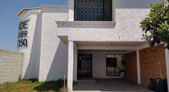 NEX-7548 - Casa en Renta en Santa María Ixtulco, CP 90105, Tlaxcala, con 3 recamaras, con 2 baños, con 1 medio baño, con 300 m2 de construcción.
