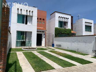 NEX-48097 - Casa en Venta, con 2 recamaras, con 1 baño, con 1 medio baño, con 97 m2 de construcción en La Michoacana, CP 52166, México.