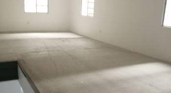 NEX-33211 - Bodega en Venta en Jardines de La Calera, CP 45676, Jalisco, con 2 baños, con 100 m2 de construcción.