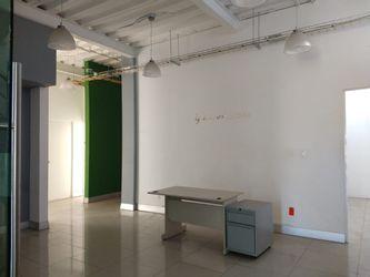NEX-32811 - Edificio en Renta en Ampliación Santa Julia, CP 42080, Hidalgo, con 6 recamaras, con 2 baños, con 300 m2 de construcción.