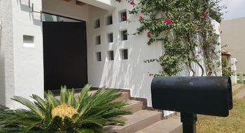 NEX-32196 - Casa en Venta en La Loma, CP 78410, San Luis Potosí, con 3 recamaras, con 2 baños, con 1 medio baño, con 239 m2 de construcción.