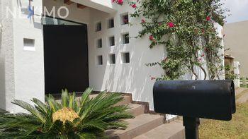 NEX-32196 - Casa en Venta, con 3 recamaras, con 2 baños, con 1 medio baño, con 239 m2 de construcción en La Loma, CP 78410, San Luis Potosí.