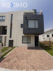 NEX-29068 - Casa en Venta, con 3 recamaras, con 3 baños, con 1 medio baño, con 119 m2 de construcción en Del Parque Residencial, CP 76246, Querétaro.