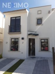NEX-38099 - Casa en Venta, con 3 recamaras, con 2 baños, con 1 medio baño, con 114 m2 de construcción en Provenza Residencial, CP 76246, Querétaro.