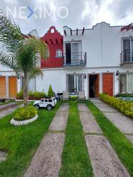 NEX-49815 - Casa en Venta, con 3 recamaras, con 2 baños, con 1 medio baño, con 70 m2 de construcción en Cerrito Colorado, CP 76116, Querétaro.
