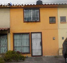 NEX-34124 - Casa en Venta, con 2 recamaras, con 1 baño, con 1 medio baño, con 62 m2 de construcción en Geovillas Centenario, CP 50225, México.