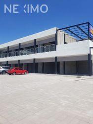 NEX-33094 - Local en Renta, con 56 m2 de construcción en Cumbres del Lago, CP 76230, Querétaro.